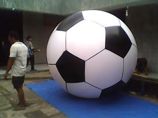 Balon Pantai Bulat (1)