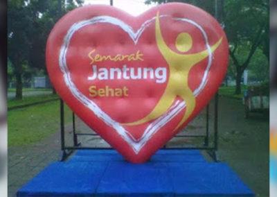 Balon-Karakter-Hati-Jantung-Sehat